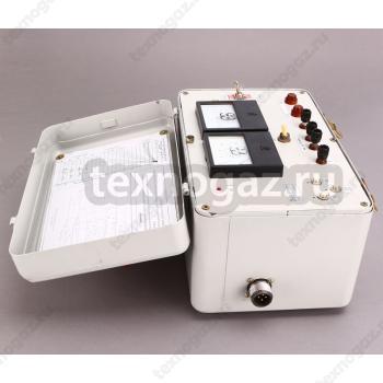 Прибор проверки электропневматического тормоза П-ЭПТ и П-ЭПТ-Л - вид сбоку