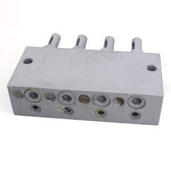 Двухлинейный питатель централизованной смазки 2-0500-4К - вид снизу